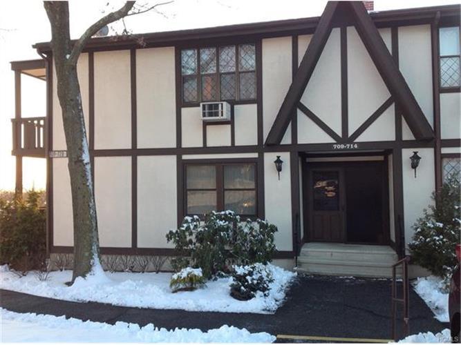 712 Sierra Vista Lane, Valley Cottage, NY - USA (photo 1)