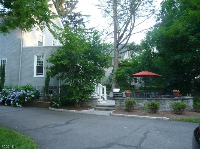 41 Division Ave, New Providence, NJ - USA (photo 5)