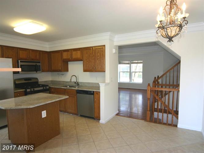 5968 Edgehill Ct, Alexandria, VA - USA (photo 5)