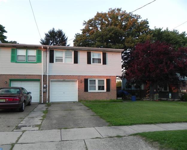 225 Kennedy Blvd, Bellmawr, NJ - USA (photo 1)