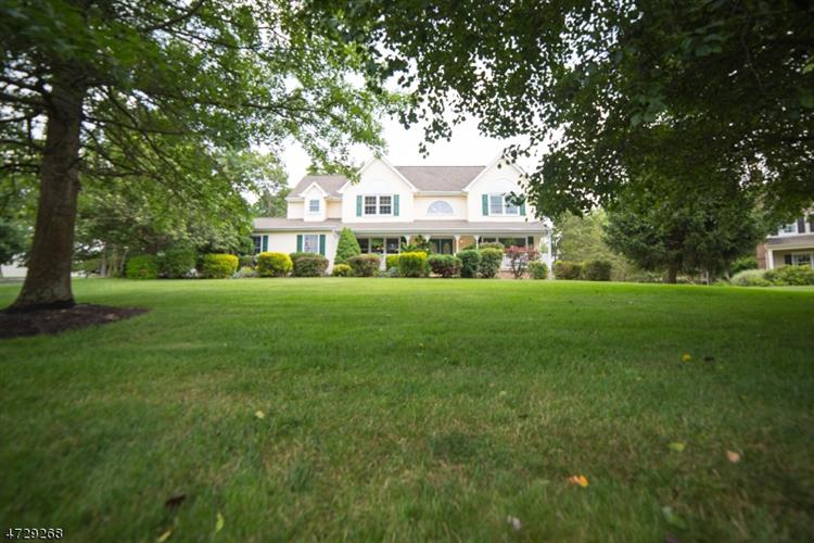 5 Conley Dr, Hillsborough, NJ - USA (photo 2)