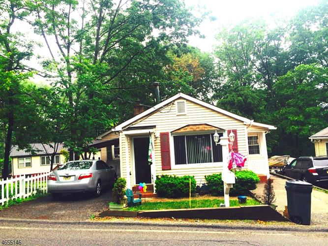 523 Brooklyn Mountain Rd, Hopatcong, NJ - USA (photo 1)