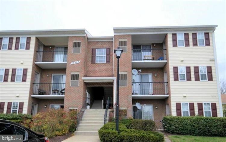 14905 Rydell Road B2, Centreville, VA - USA (photo 1)