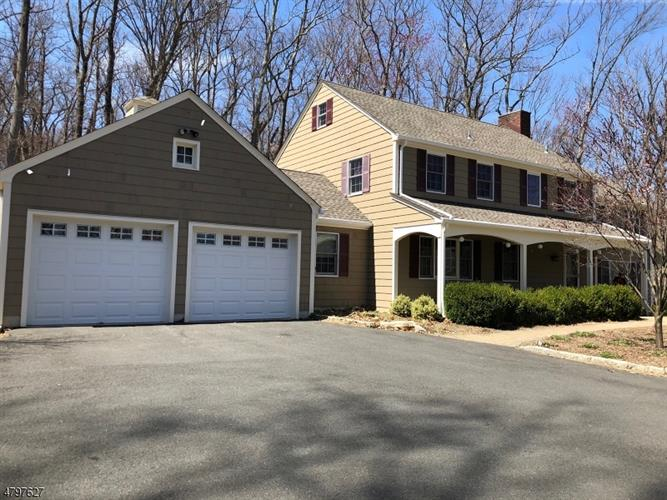 140 Douglass Ave, Bernardsville, NJ - USA (photo 2)