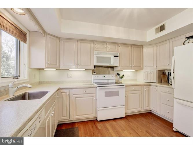 1017 Kennett Way, West Chester, PA - USA (photo 2)