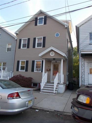 16 East 11th St, Bayonne, NJ - USA (photo 1)