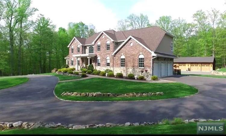 12 Lourdes Court, Andover, NJ - USA (photo 3)