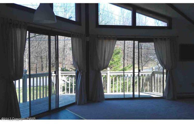 215 Penn Forest Trl, Albrightsville, PA - USA (photo 2)