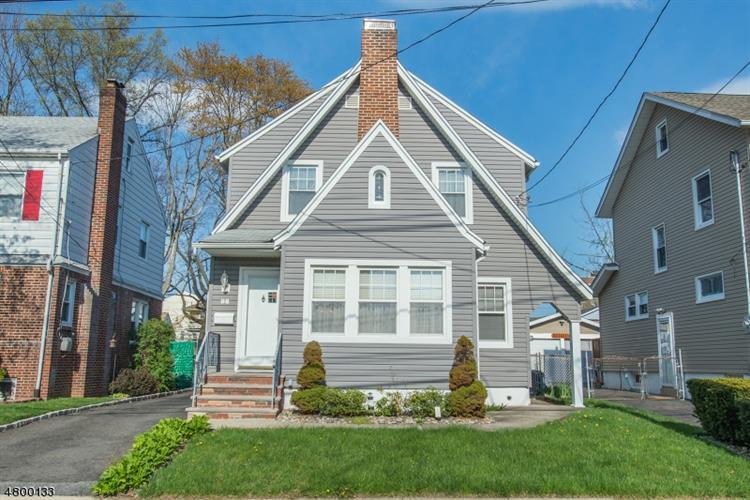 98 Fairway Ave, Belleville, NJ - USA (photo 1)
