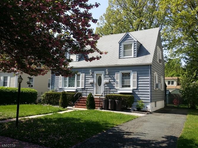 512 Spruce Ave, Garwood, NJ - USA (photo 1)