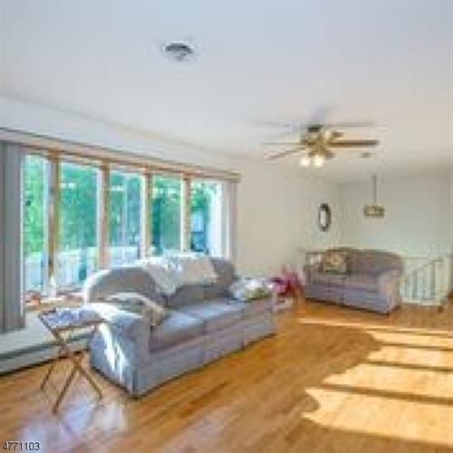 86 Riverview Ave, North Arlington, NJ - USA (photo 3)