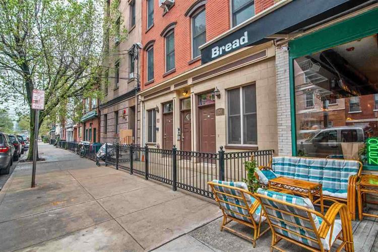 120 Willow Ave, Unit 1 1, Hoboken, NJ - USA (photo 1)