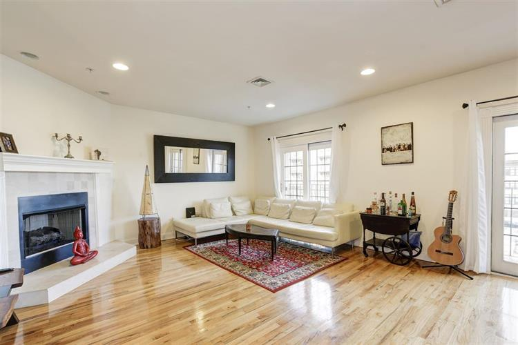 208 Jackson St, Unit 4 4, Hoboken, NJ - USA (photo 1)