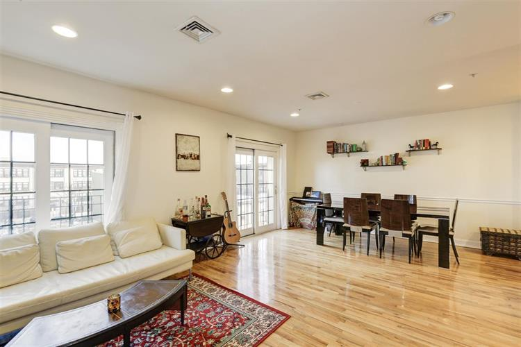 208 Jackson St, Unit 4 4, Hoboken, NJ - USA (photo 5)