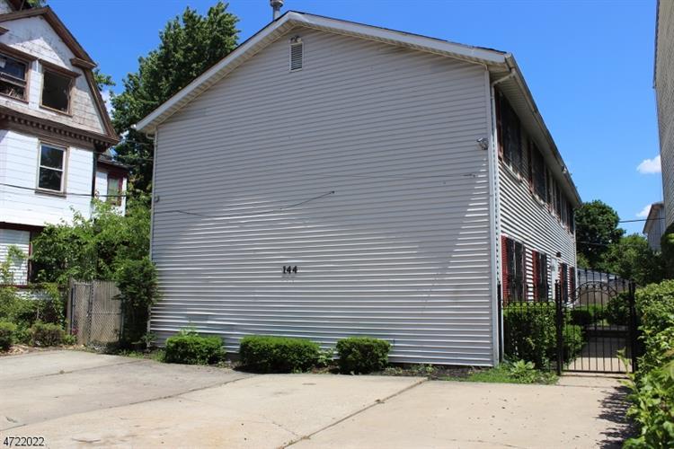 144-146 Littleton Ave, Newark, NJ - USA (photo 3)