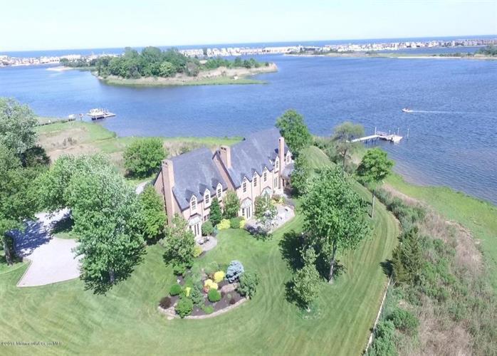 20 Avenue Of Two Rivers, Rumson, NJ - USA (photo 1)