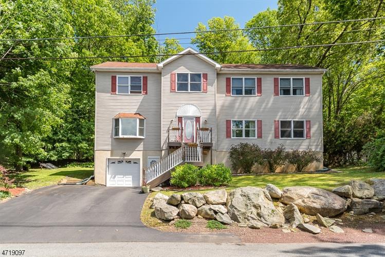 68 Mcgregor Ave, Mount Arlington, NJ - USA (photo 1)