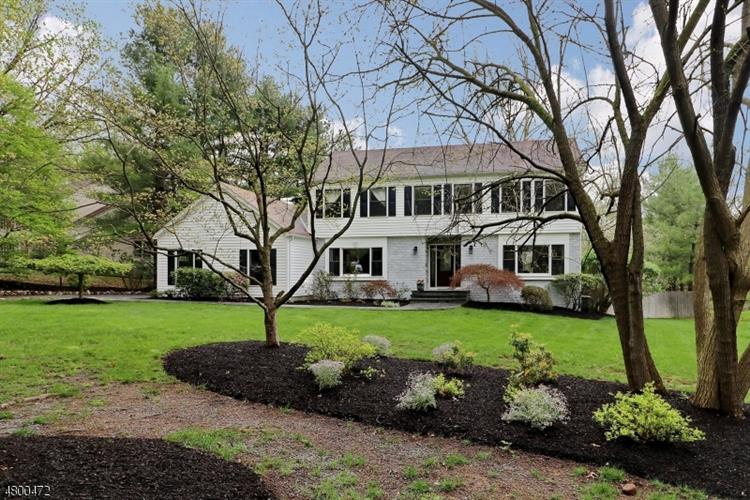 5 Gregory Dr, Montville Township, NJ - USA (photo 1)