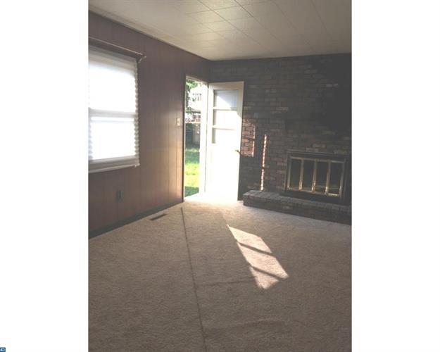 105 Harvard Ave, Westville, NJ - USA (photo 5)