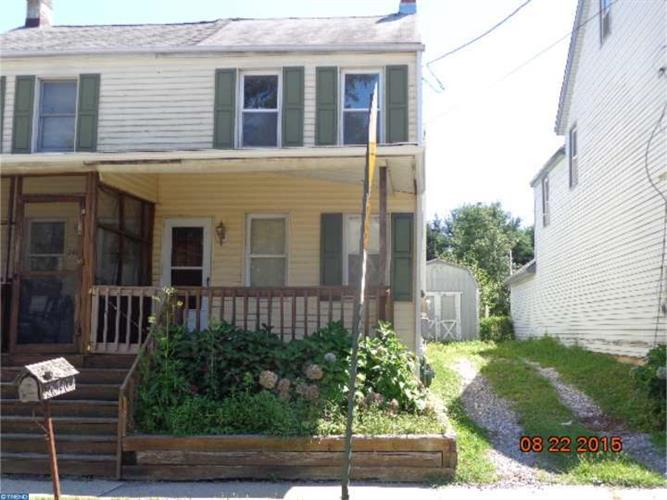 24740 E Main St, Columbus, NJ - USA (photo 1)