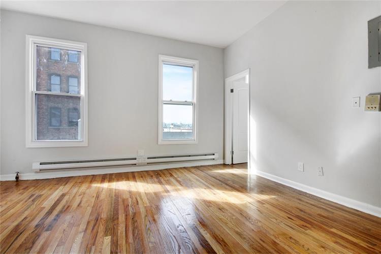 727 East 136th Street Building, Bronx, NY - USA (photo 1)