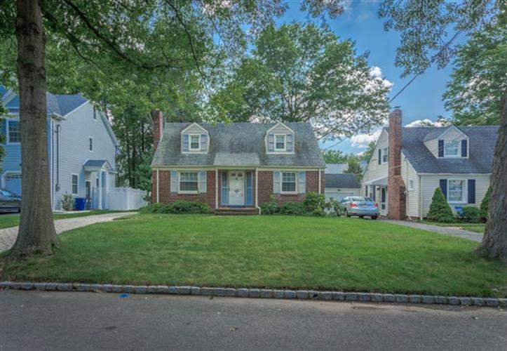 1014 Ripley Avenue, Westfield, NJ - USA (photo 1)