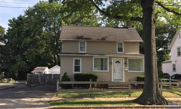 138 Madison Ave, Midland Park, NJ - USA (photo 1)