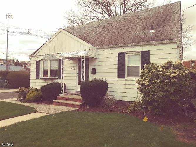487 Greylock Pkwy, Belleville, NJ - USA (photo 1)