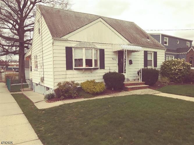 487 Greylock Pkwy, Belleville, NJ - USA (photo 2)
