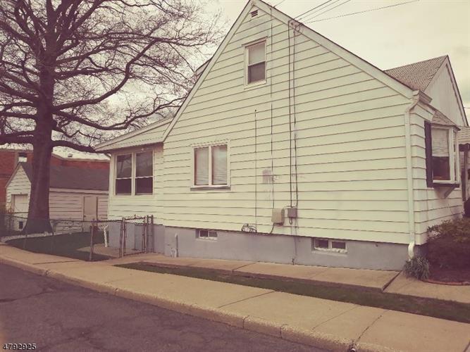 487 Greylock Pkwy, Belleville, NJ - USA (photo 3)