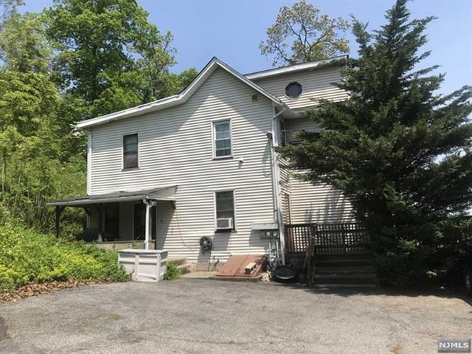 1025 Ringwood Avenue, Haskell, NJ - USA (photo 1)