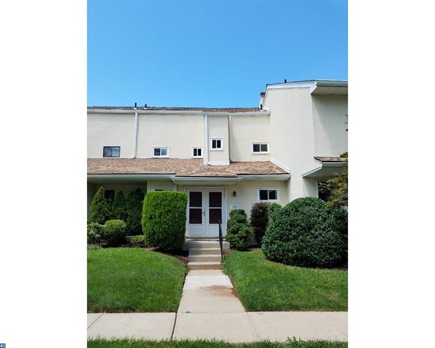 702 Grant Rd, Lansdale, PA - USA (photo 1)