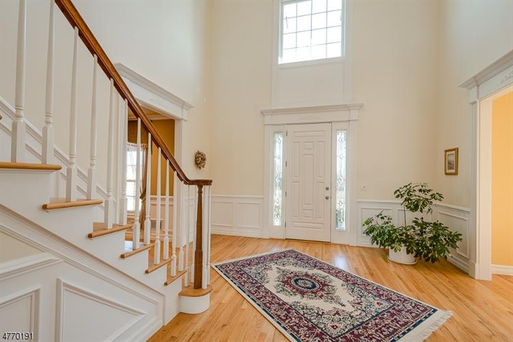 5 Krista Court, Township Of Washington, NJ - USA (photo 3)