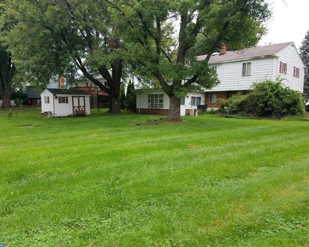 688 Boxwood Dr, Aston, PA - USA (photo 2)