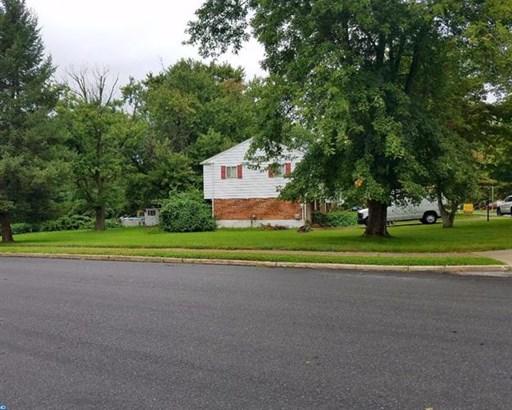 688 Boxwood Dr, Aston, PA - USA (photo 3)