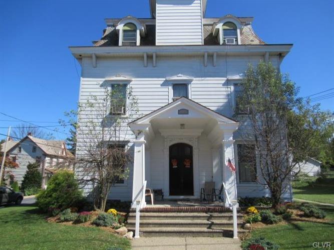 105 2nd Street, Slatington, PA - USA (photo 2)
