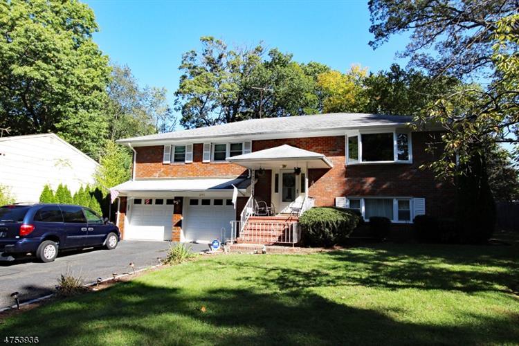 240 Farragut Rd, North Plainfield, NJ - USA (photo 1)