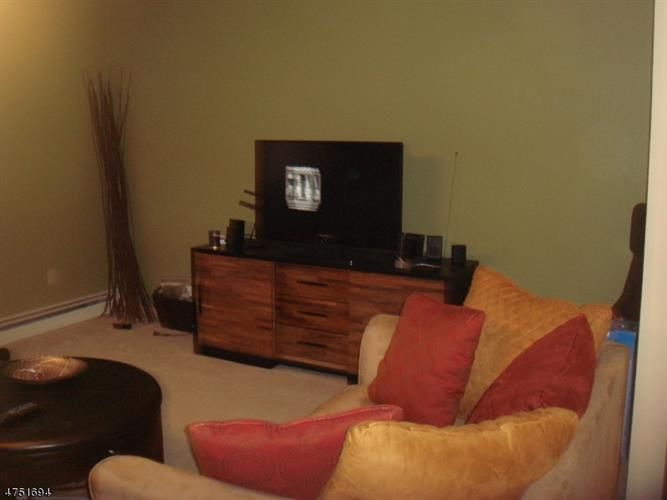 2467 Route 10 Apt 24-1b 1b, Parsippany, NJ - USA (photo 3)