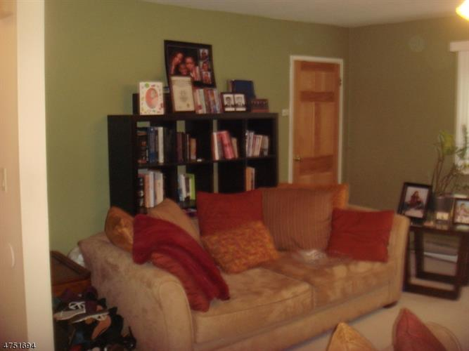 2467 Route 10 Apt 24-1b 1b, Parsippany, NJ - USA (photo 4)