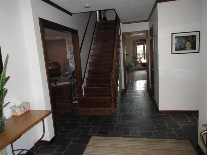 21 Idaho Lane, Aberdeen, NJ - USA (photo 4)