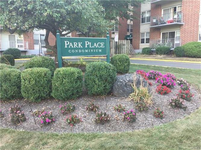 35 Park Avenue 2s, Suffern, NY - USA (photo 1)