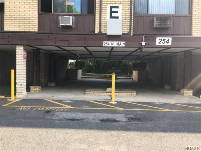 254 North Main Street E2, Spring Valley, NY - USA (photo 1)