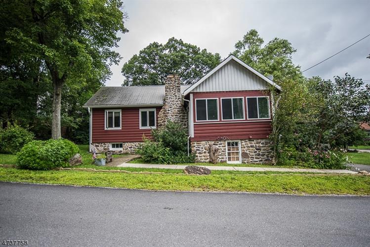 543 Otterhole Rd, West Milford, NJ - USA (photo 1)