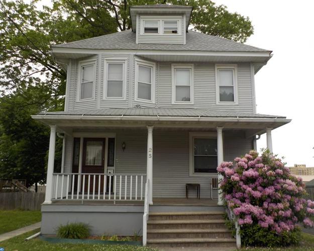 25 W Beechwood Ave, Oaklyn, NJ - USA (photo 1)