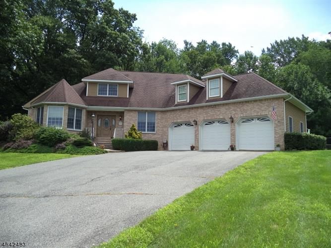 97 Forge Hill Rd, Glen Gardner, NJ - USA (photo 1)