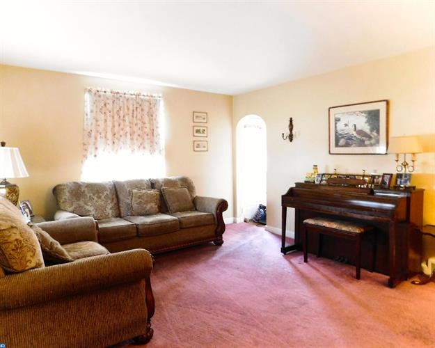 504 Bonsall Rd, Ridley Park, PA - USA (photo 3)