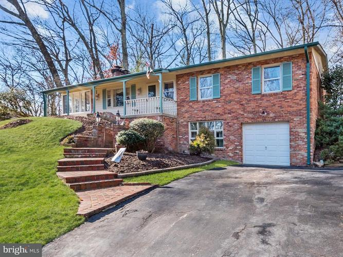 4120 Duncan Drive, Annandale, VA - USA (photo 1)