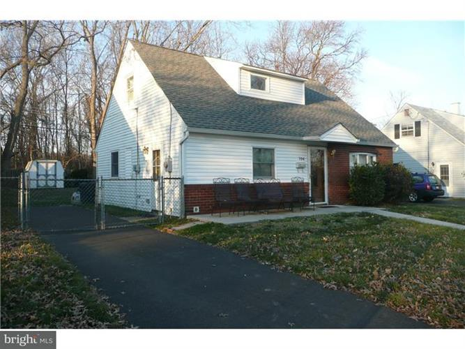 704 Ashdale Road, Morrisville, PA - USA (photo 1)