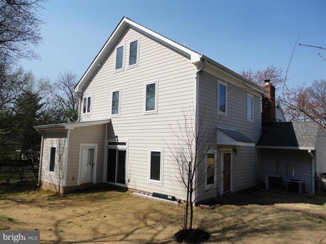 809 Crothers Lane, Rockville, MD - USA (photo 2)