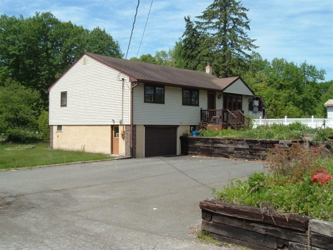 1895 Macopin Rd, West Milford, NJ - USA (photo 1)